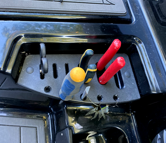 Load up integrated tool holders throughout the RAGE to keep tools at arms length.